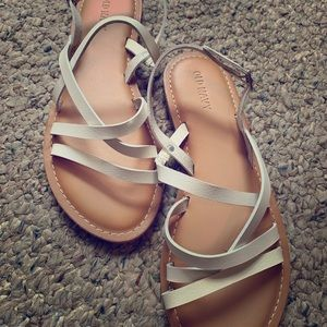 NEVER WORN: Old navy white leather sandals!